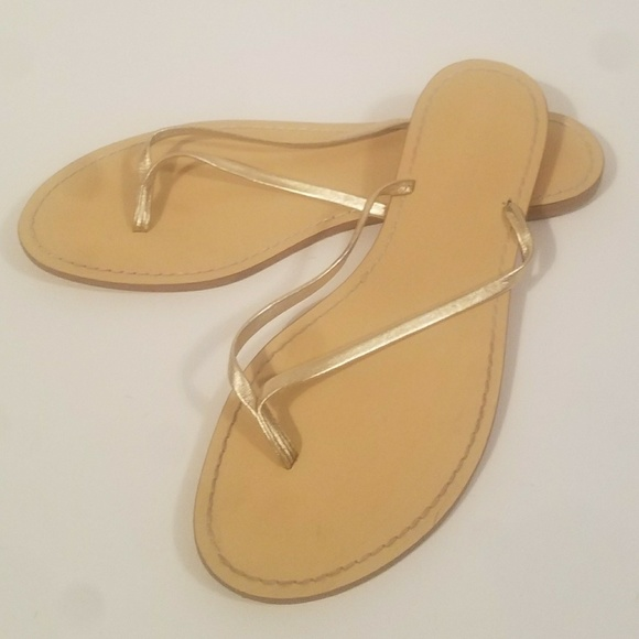 a64b70dd2c5c J. Crew Shoes - J.Crew 10M Gold Leather